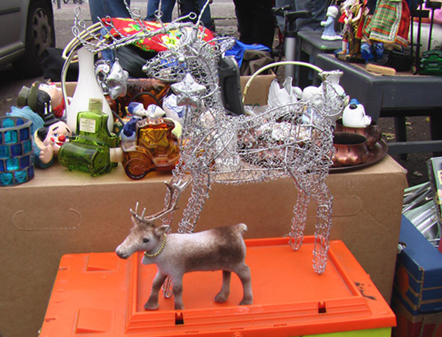 Little Finnish Reindeer meets another reindeer, Berlin, 2007. Berlin Round Tour.
